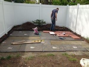 installing-new-patio_t20_9Jv8KB-300x225 installing-new-patio_t20_9Jv8KB