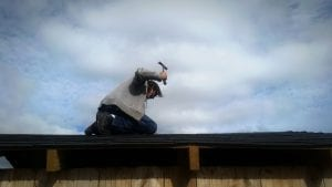 man-repairing-loose-shingles-on-roof-after-a-wind-storm_t20_3Jkzv7-300x169 man-repairing-loose-shingles-on-roof-after-a-wind-storm_t20_3Jkzv7